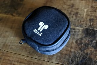 MinZ Pods Pack for AirPods Pro/AirPods