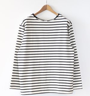 <img class='new_mark_img1' src='https://img.shop-pro.jp/img/new/icons1.gif' style='border:none;display:inline;margin:0px;padding:0px;width:auto;' />Si(エスアイ) LS BOATNECK BORDER TEE(ボートネックボーダーTEE)