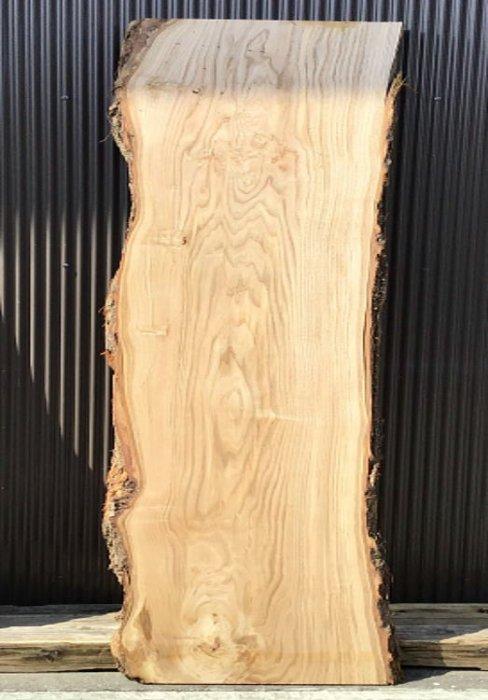 栗板 H2200 W550 D50(自然乾燥材)