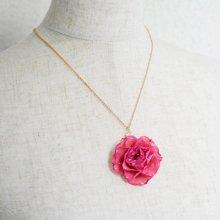 本物のバラのネックレス・ピンク