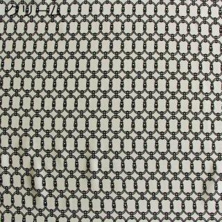 30%オフ  幾何学チェーンデシン全3色