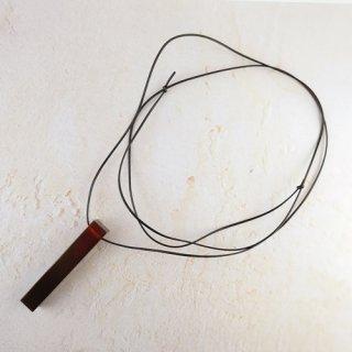 Amberlogue ネックレス