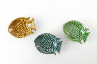 [ランパーン(タイ)]<br>魚の形の陽気な皿(ミニ)