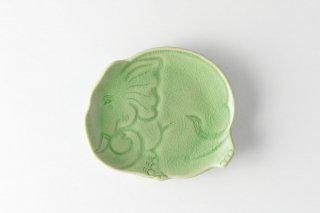 [セラドン焼(タイ)]<br>象を模ったセラドン焼