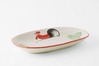 [ランパーン(タイ)]<br>鶏の柄の陽気で可愛いオーバル皿(少しグレイッシュ)