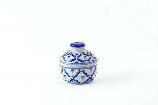 [ランパーン(タイ)]<br>青と白の模様がきれいな調味料入れ
