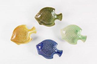 [ランパーン(タイ)]<br>魚の形の陽気な小皿(小)