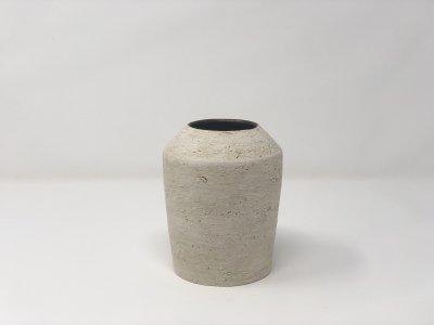 [土の実クラフト]<br>フラワーベース L 花瓶(黒柚に白化粧)