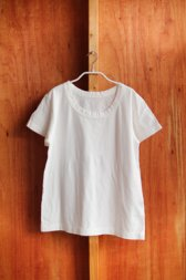 ラウンドネックTシャツ 白