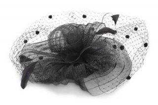 カクテルハット IZ845-1 ブラック 黒 トーク帽 レディース 婦人 チュール付き ハット 結婚式 二次会 パーティー フォーマル 衣装 室内OK ネット通販 オールシーズン