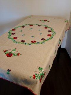 ハンガリー マチョー刺繍テーブルクロス