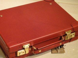 130252NEWオイルレザー、ミニ・トランク、中寸、赤