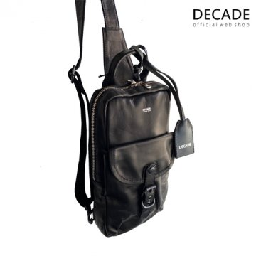 ソフトホースレザー・ボディバッグDECADE(No-01251) Oiled Horse Leather Body Bag ディケイド