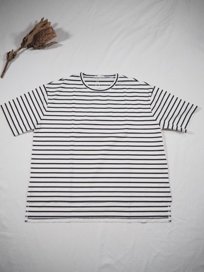 COMMENCEMENT  BORDER WIDE S/S TEE C-089 3