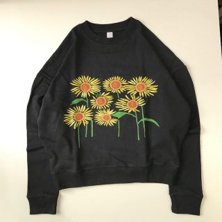 <img class='new_mark_img1' src='https://img.shop-pro.jp/img/new/icons14.gif' style='border:none;display:inline;margin:0px;padding:0px;width:auto;' />Niche. FLOWER EMB SWEAT SUNFLOWER