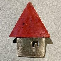 アトリエPOPPO ブローチ「赤の家」イヌ