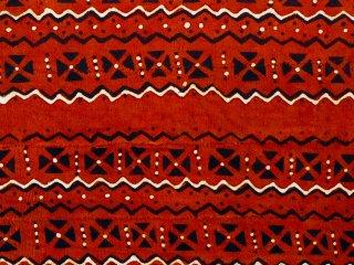 【ボゴラン】 泥染め布 波×紋章 西アフリカ民族布