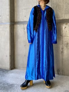 【1970s BLUE SATIN KAFTAN DRESS】