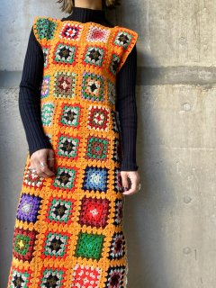 【GRANNY SQUARE KNIT DRESS】