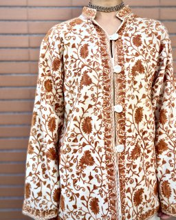 【EMBROIDERED MANDARIN JACKET】