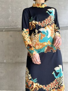 【1970s ASIAN PRINT MAXI DRESS】
