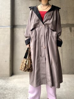 【BI COLOR TRENCH COAT】