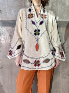 【1970s FLOWER EMBROIDRY BLOUSE】