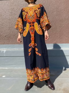 【1970s BATIK MAXI DRESS FROM GERMANY】