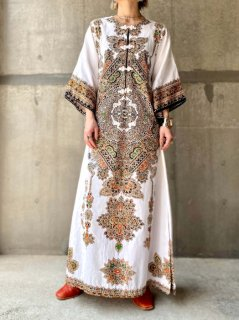 【THAI BATIK KAFTAN DRESS WHITE】