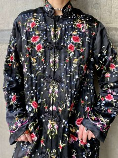 【EMBROIDERED SILK CHINESE JACKET BLACK】