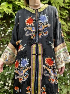 <img class='new_mark_img1' src='https://img.shop-pro.jp/img/new/icons14.gif' style='border:none;display:inline;margin:0px;padding:0px;width:auto;' />【1920s EMBROIDERED SILK CHINESE JACKET】