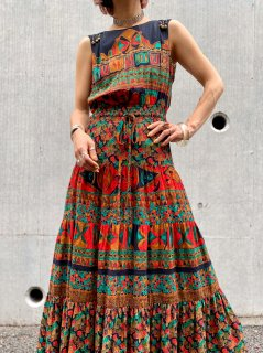 <img class='new_mark_img1' src='https://img.shop-pro.jp/img/new/icons14.gif' style='border:none;display:inline;margin:0px;padding:0px;width:auto;' />【1990s DESIGNER'S SUMMER DRESS】