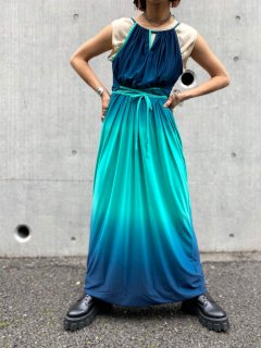 <img class='new_mark_img1' src='https://img.shop-pro.jp/img/new/icons14.gif' style='border:none;display:inline;margin:0px;padding:0px;width:auto;' />【1970s GRADATION JERSEY DRESS】