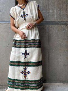 【ETHIOPIAN COTTON EMBROIDERED DRESS】