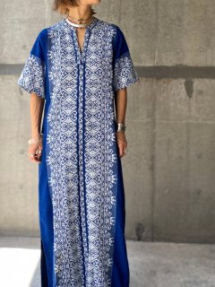 【1970s GREEK EMBROIDERED DRESS NAVY】