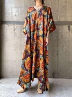 【ETHNIC PATTERN SATIN KAFTAN DRESS】