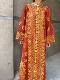 【1960-70s EMBROIDERED KAFTAN DRESS】