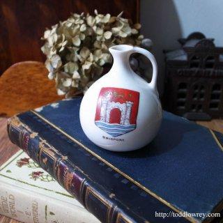 ヴィクトリアンのお土産はいかが/Victorian Crested China Vase