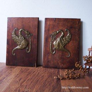 ランカスター朝再来を夢みる一対の白鳥 / Antique Wooden Covers with Swan