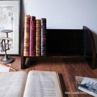 緻密なこだわりの小家具 / Antique Inlaid Book Shelf