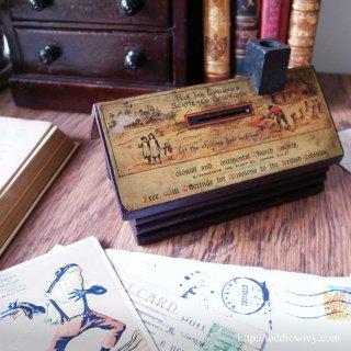 遠い地の同胞に向けて/ Antique Donation box by Colonial and Continental Church Society