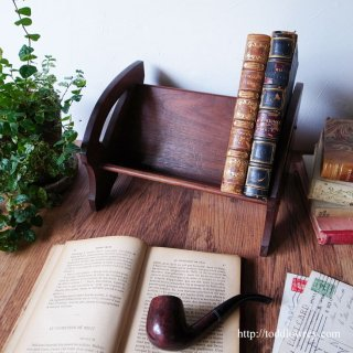 古き良きモダンデザイン / Antique Book Shelf with Geometric Design