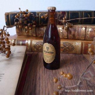 60年の時間を閉じ込めたアイルランドの誇り / Vintage GUINNESS Miniature Bottle