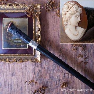 貴婦人の微笑とともにそぞろ歩くヴィクトリア時代 /Antique Victorian Walking Stick with Cameo