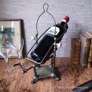 ヴィクトリアンのワイン・エンターテインメント / Antique Victorian Mechanical Brass Wine Pourer