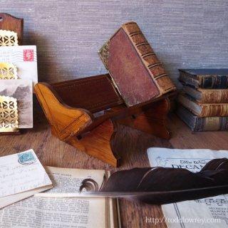エドワーディアンの意匠をもつこぶりな本の槽 /  Antique Edwardian Inlaid Small Book Trough
