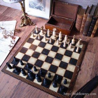 チェスをするには人生は短すぎる /  Antique Chessmen & Folding CHAD VALLEY Chess Boad