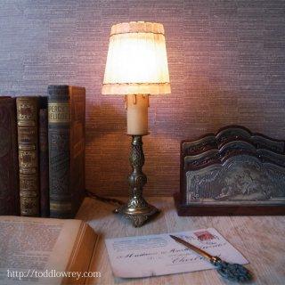 可憐な灯をいつも傍らに / Antique French Table Lamp with Glass Shade