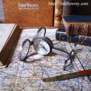1台四役の優れもの/ Antique French Folding Field Compass with Magnifying Glass