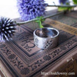 3本の十字架 / Vintage Sterling Silver Three Cross Ring